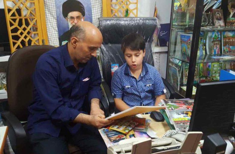 دستان کوچکترین تولیدکننده نوشت افزار ایرانی اسلامی را بگیریم